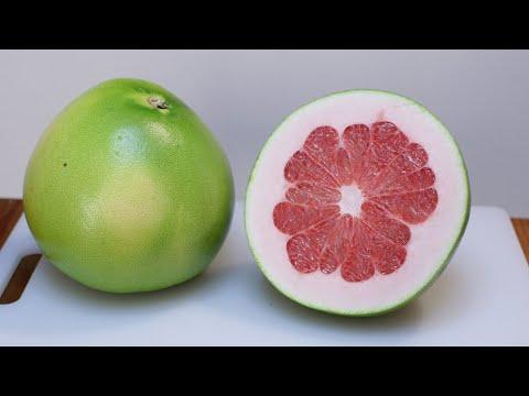 How to Eat a Pomelo | Pomelo Taste Test | Largest Citrus Fruit