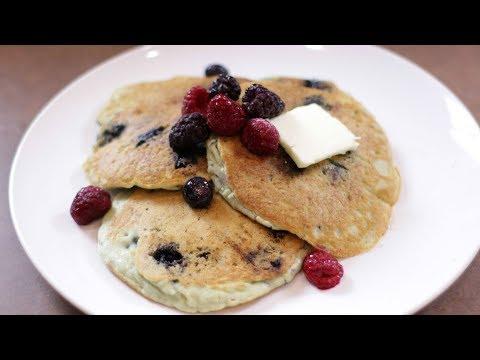 How to Make Keto Pancakes   Easy Blueberry and Bacon Keto Pancake Recipe