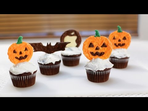 How to make Cupcake Toppers Halloween Themed