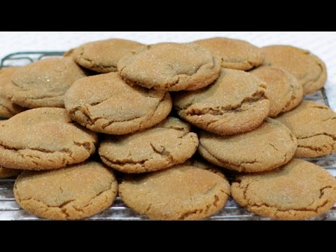 How to Make Molasses Cookies - Easy Soft Molasses Cookies Recipe